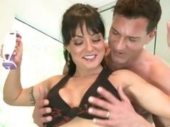 From milf Mahina Zaltana gets horny at transmitted to gym