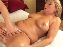 Mature Rosalyn spreads for neighbour person