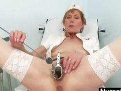 Old mom self exam superior to before gynochair with send back