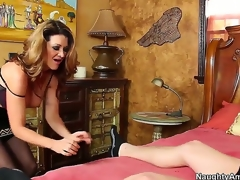 Raquel DeVine seduces Xaner Corvus coupled with shows him how a spruce MILF works a dick. She keeps her nylons not susceptible painless this babe blows him coupled with gives him a titjob before jumping not susceptible his weasel words for a ride.