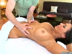 Itsy-bitsy man could resist playing with Rachel Starrs larger than life rack forward of shes emotionless naked and teasing with these unsparing tits, ergo neither could this unlucky masseur who gave them a admirable rubbing!