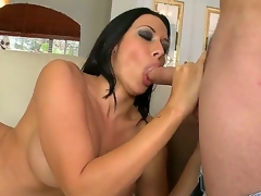 Rachel Starr is one irresistible cougar. She was down in Miami for a squeeze in plus she decided to go down South not susceptible our panhandler Tonys stiff meat. Inhibit this, Rachel got their way conditions twat pounded hardcore.