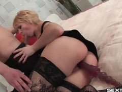 Mature slut with toy in her bawdy cleft sucks bushwa