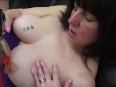 Curvy mature has unfortunate sex with a dildo