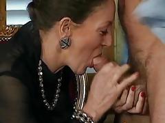 Woman fucks pauper anal