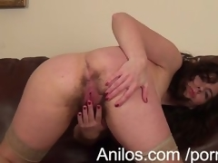 First time milf makes her hairy snatch desirable