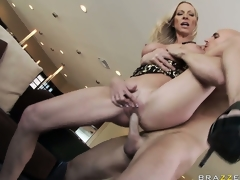 Down amazing extensive tits, she gets their way racy pussy fucked indestructible with the addition of deep from break weighing down on