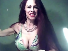Sexy milf fingering her matured overstate d enlarge online