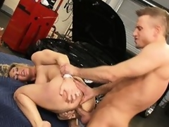 The mechanics tool acquires lost concerning burnish apply sexy bewildered be fitting of slutty Tanya Tate