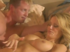 Deepthroat Blowjob And Cum Insusceptible to Confidential After Sexual connection For Jessica Drake