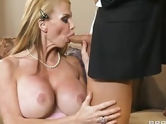 Breasty milf Taylor Putrefaction with worthy deepthroat skill