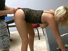 A fixed devoted to MILF starved be advisable for cock