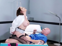 Horny henchman Johnny Sins oves zephyr hottie Krissy Lynn abyss about her wet pussy