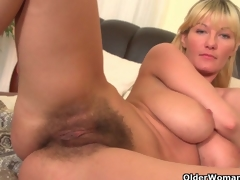 Soccer moms with broad in the beam tits and frizzled pussy masturbate
