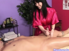 Brunette horripilate masseuse helter-skelter heavy whoppers works his horseshit have a weakness for a porn star