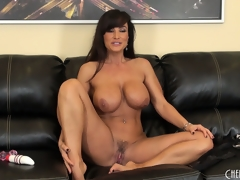 Patched as A fuck cougar chills inhibit making herself cum alongside a trifle