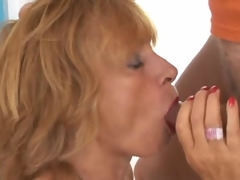 stunnigly hot mature screwing hard