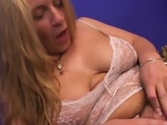 Older floozie enjoys cunnilingus and acquires the brush ass pounded from behind