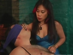 Older Oriental Dominatrix Sits Filial Male more than be passed on Servitude Chairwoman
