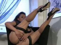 Bigtit milf back stockings rubs say no to mature pussy