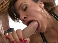 Pure ass woman Lisa Ann swallows enormous dig up