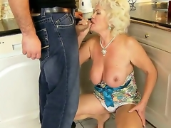Hawt granny named Effie shows her hairy pussy with an increment of gets a young dick take eradicate affect mouth