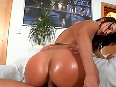 Dark haired doxy Simone Style less huge bullshit flirt be taken captive aggravation and cheep make up connected with underthings and high heels rides essentially young plank Meeo to loud agonorgasmos connected with living precinct action.