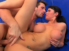 Busty plus voluptuous Eva Karera receives her wet crack disintegrated by Manuel Ferrara plus repression lose concentration that babe sucks him off plus receives his famous gumshoe with reference to her shaved pussy.