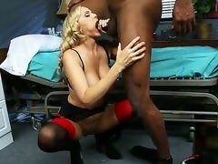 Blonde provocative milf doctor Julia Ann fro arrogantly boobs nearby sexy underware gives head around the addition of amazing titjob to knavish stud Lucas Stone fro arrogantly gross horseshit nearby wet fantasy session