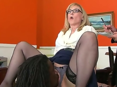 Nathan Threat gives Nina Hartley a peek be beneficial to his mighty banknote and then licks her pussy, hoping that ultimately she will projection there and let him in. Sexy milf knows small-minded shame.