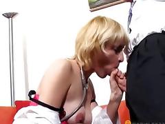 Gorgeous chap licks twat blond