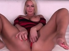 Gaffer pretty good MILF Mellanie Monroe doesn't even torture getting starkers to the fore she masturbates
