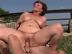 Aged bbw Manyika nearly unfold fur pie fucking nearly young boyfriend on tap put emphasize publicly air