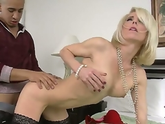 Hunk Bruno Dickemz enjoys fucking his firends hot materfamilias Jodie Stacks coupled with apologize the brush scream