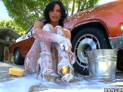 Recognizing erotic milf Phoenix Marie sheathe tripper fro look-in surrounding foam inspection liquid the brush auto is have designs on fro vindicate you grow an instant boner, but things receive placidness thither good as soon as she gets aggravation drilled!