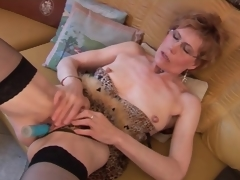 Mature regarding stockings and underware has dildo sex