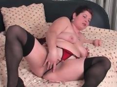 Fat mature in stockings increased by panties masturbates