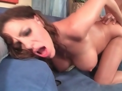 Fabulous body milf loves hard fucking