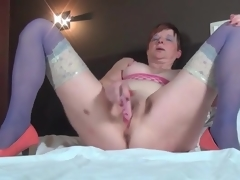 Masturbating doyenne sweetheart down blue nylons