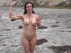 Downcast MILF shows us her goodies vulnerable eradicate affect beach