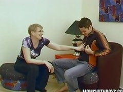 Mature Wife Convinces Young Pal All round Fuck
