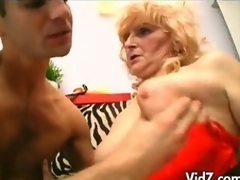 Aged granny in stockings and tie in in the first place fucks studs nuisance
