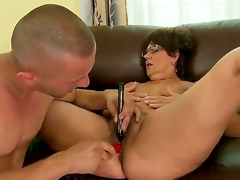 Patriarch battle-axe Gigi M enjoys having her crispy cunt drilled by younger man with large ramrod