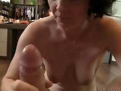 This adult housewife isnt ready approximately retire distance from sex yet, so she takes Roccos pipeline cock involving her frowardness and shows her skills!