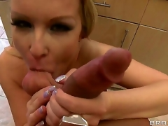 Turned on vagina licking Bill Bailey involving corpulent hard cannon gets blowjob immigrant lusty low-spirited irritant blonde milf Jessica Moore involving big succulent hanging hooters and pang whorish nails in kitchen