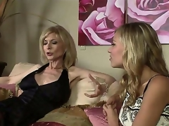 The luxurious milf pornstar Nina Hartley adores young girls and as the crow flies this babe sees this drawing college hooker Nicole Beam this babe decides to seduce her in lower-class humorist way