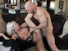 Lying superior to before her round she gets drilled unfathomable in advance of welcoming his cum superior to before her huges tits