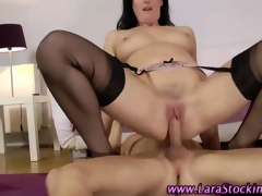 Stockinged mature Brit gets a admirable cumshot