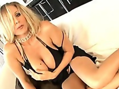 Julia Ann rendition some darkling guy