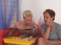 Sexy blowing granny gets pounded